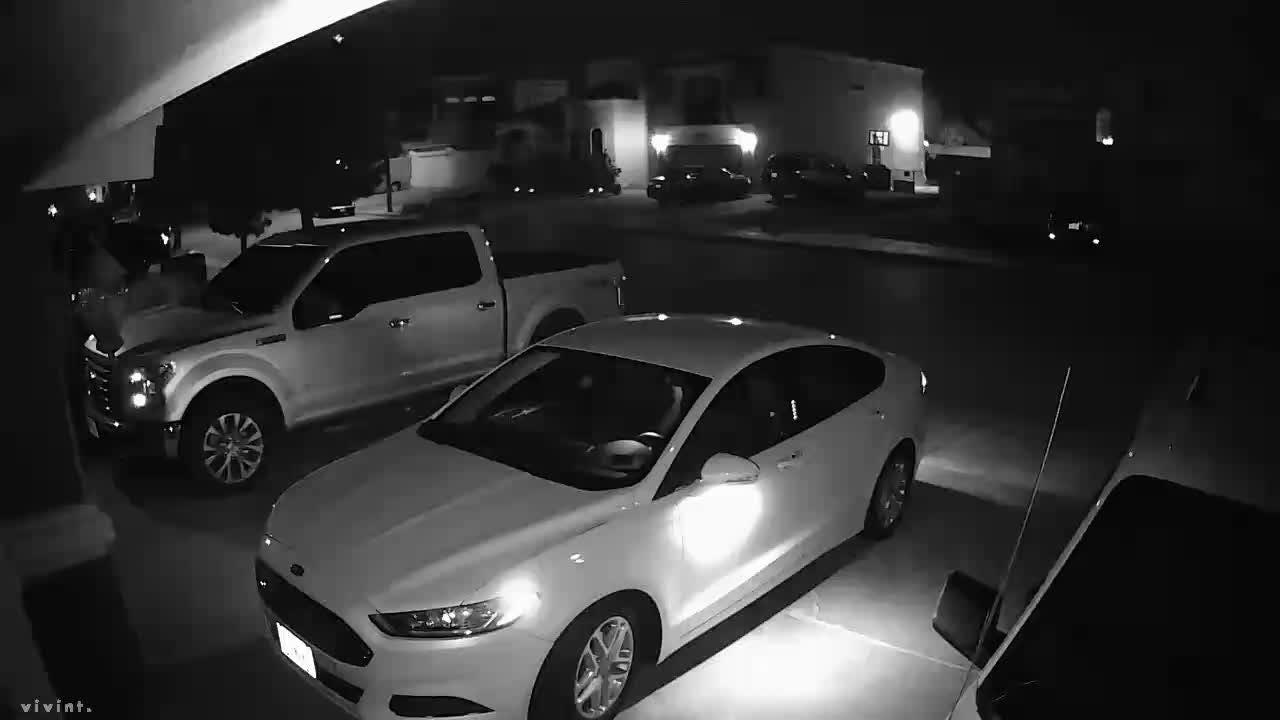 Car burglaries filmed by home security camera in far East El Paso.