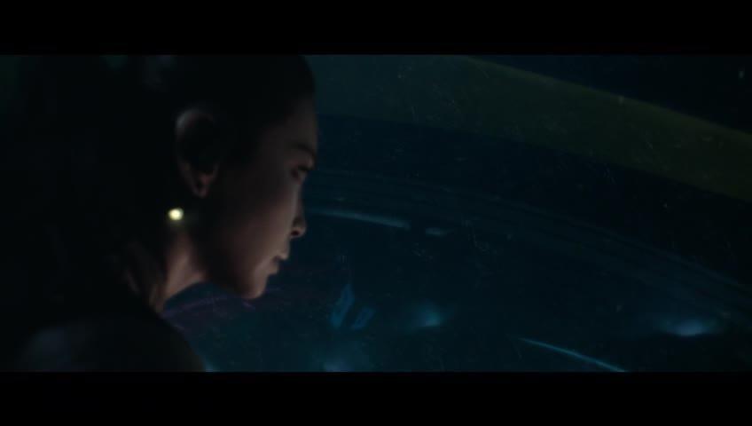 Jason Statham takes on a killer shark in 'The Meg' trailer