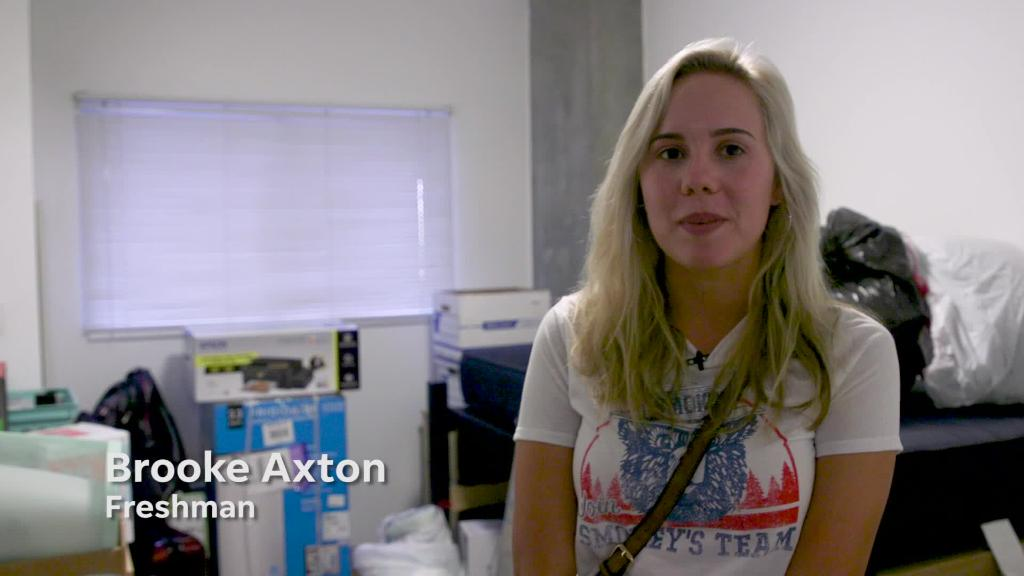 Arizona State freshmen move in to Taylor Place | Arizona Central