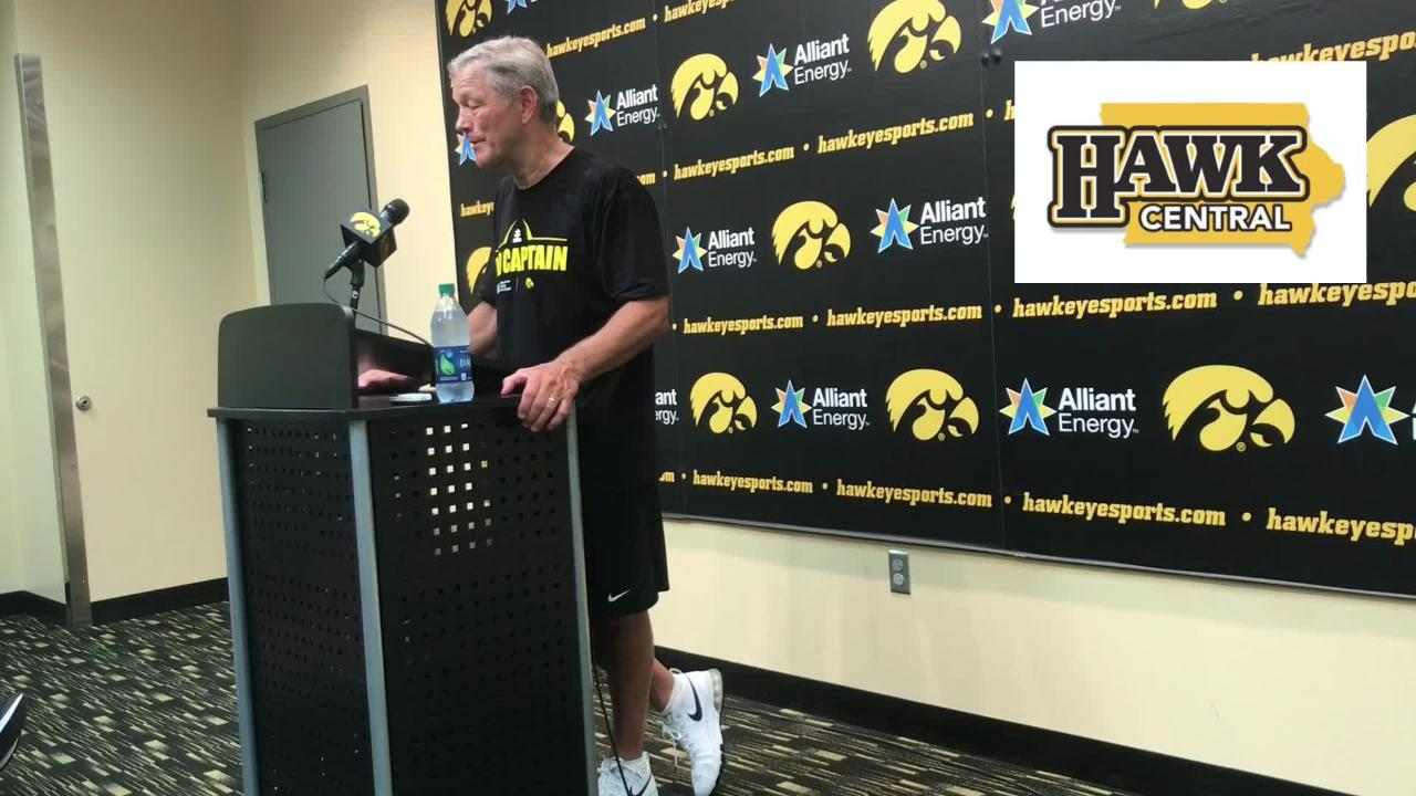 Iowa Hawkeyes freshman Tyler Linderbaum has impressed Kirk Ferentz and the coaching staff quickly; find out how.