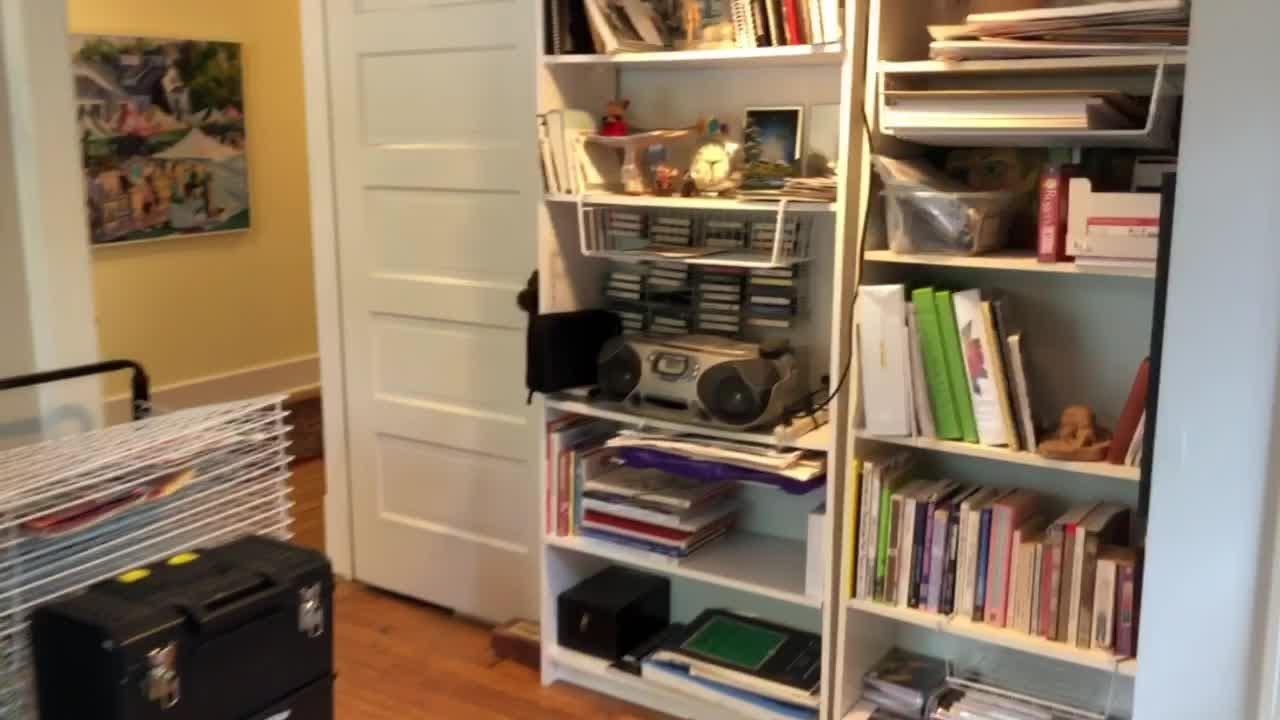 A video tour of Tom and Nancy Dornan's Rountree home