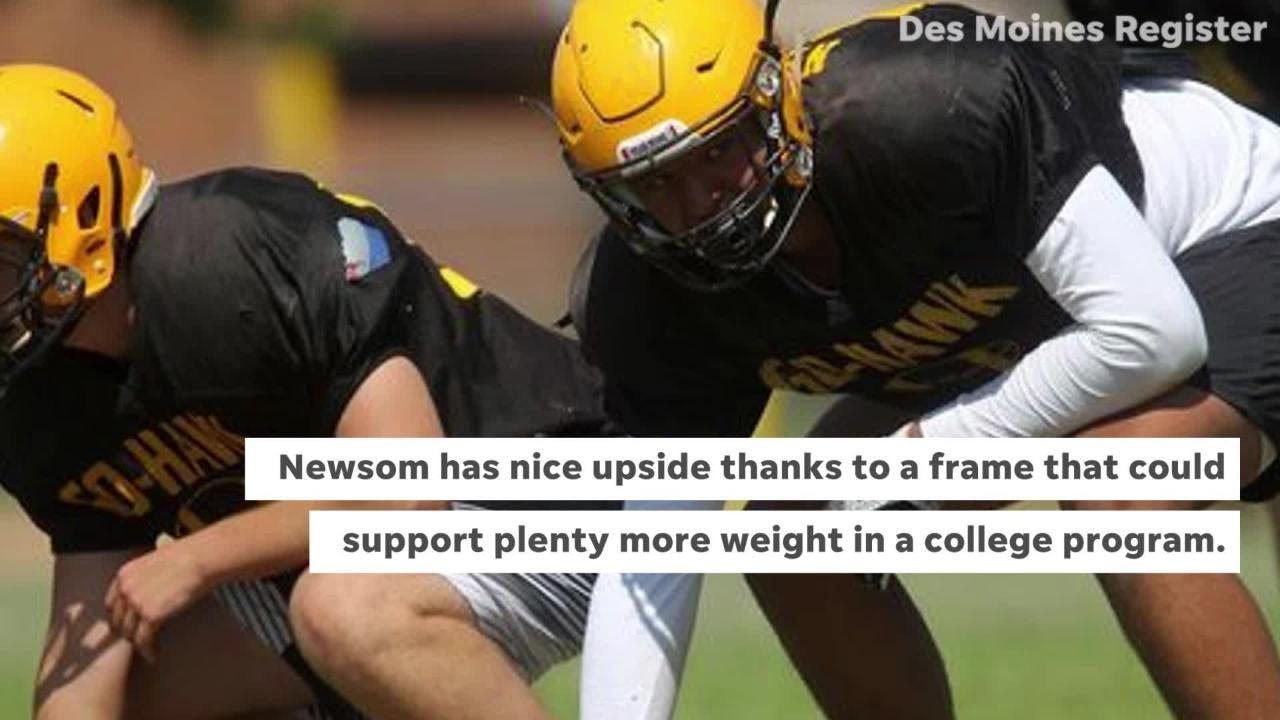 Iowa Eight football: Waverly-Shell Rock defensive end Mosai Newsom.