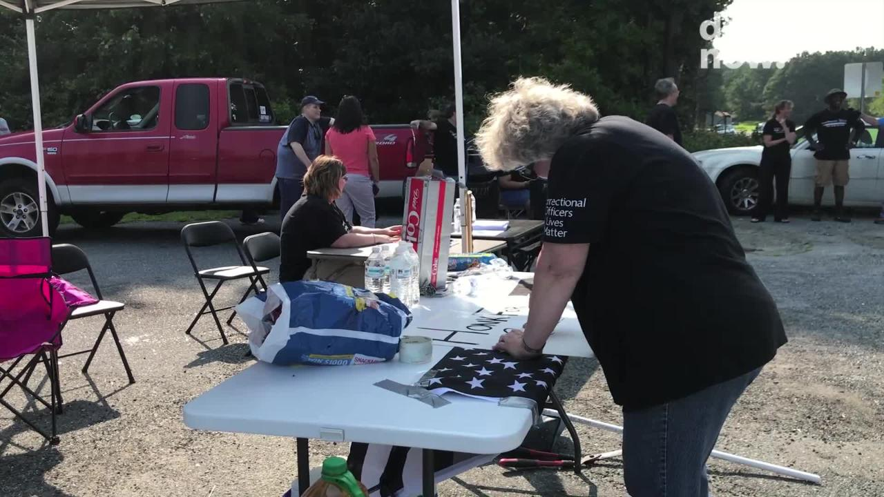 A rally was held at Route 13 and Revells Neck Road in Somerset County on Aug. 15, 2018 for in support of staff at Eastern Correctional Institution.