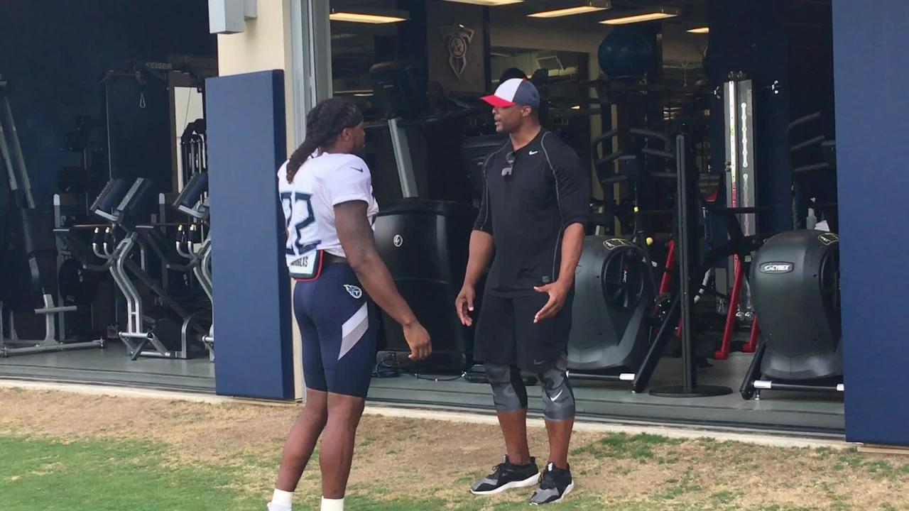 After the final practice of Titans training camp, Titans legend Eddie George provides running back Derrick Henry with some guidance.