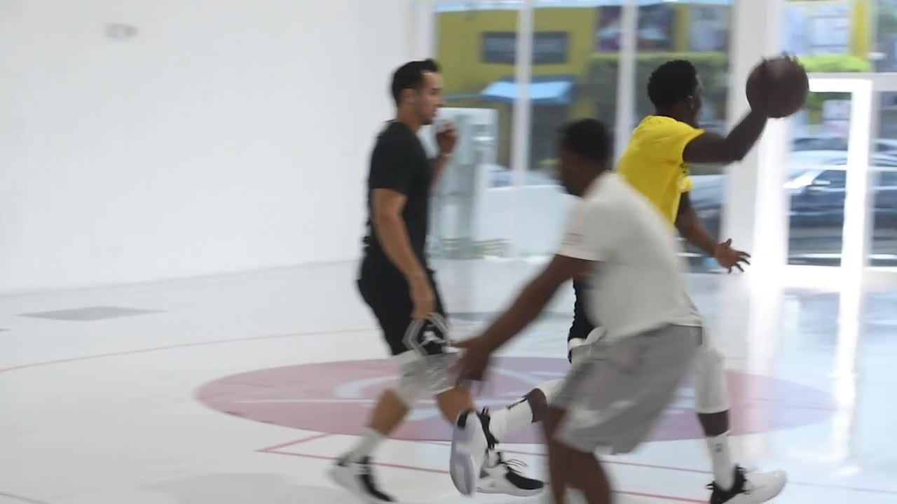 Insider - Oladipo trains in Miami