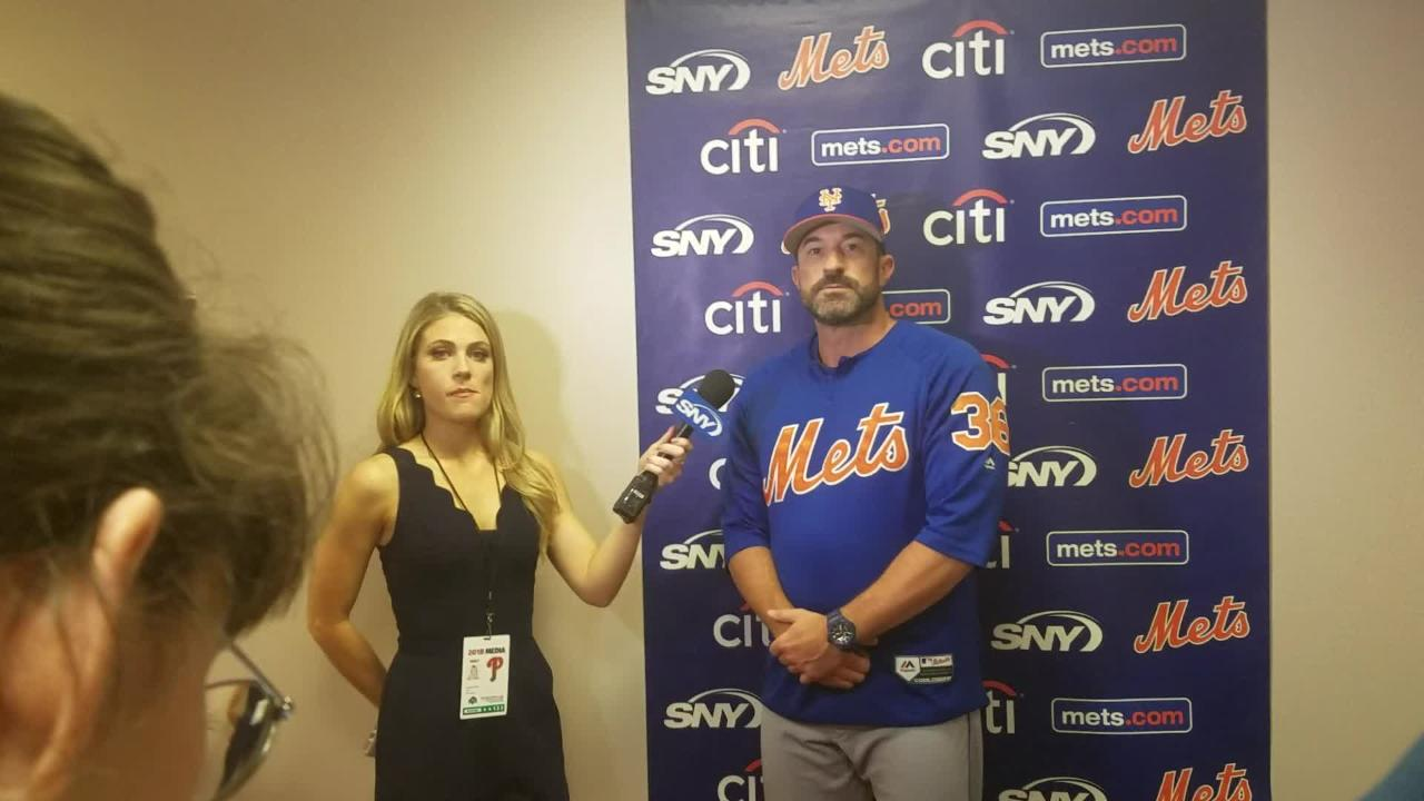Mickey Callaway provides an update on Brandon Nimmo's index finger