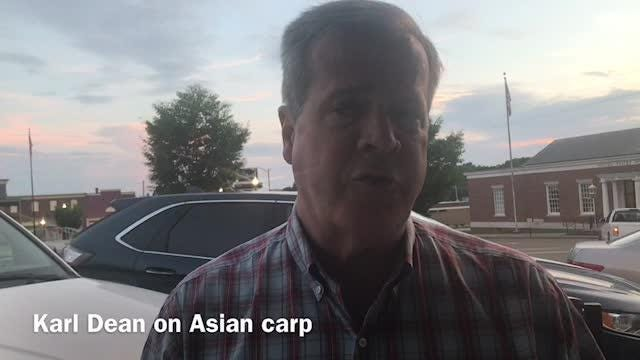 Democratic nominee for governor Karl Dean was in Camden on Aug. 17, 2018 to discuss the Asian carp issue.