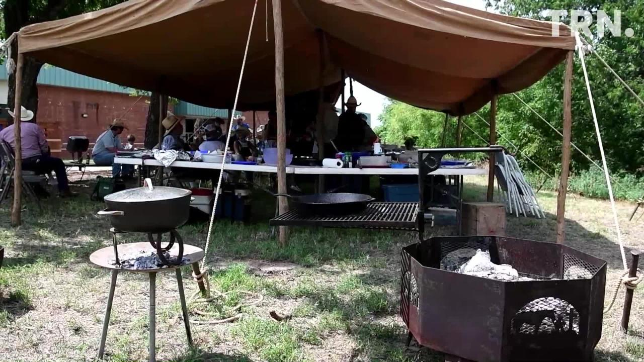 Ranch cooks prepared chicken fried steak and red beans over their open fires in cooking competition.