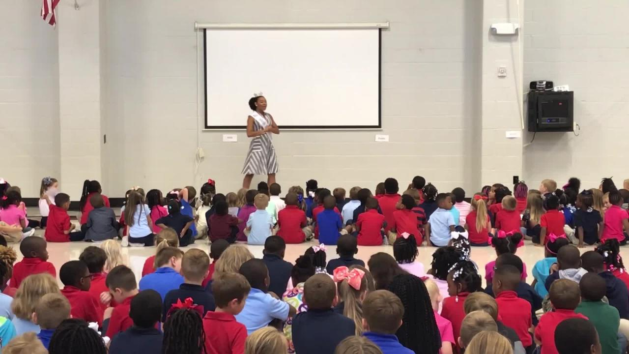 Video of Holli' Conway speaking to students at Lakeshore Elementary