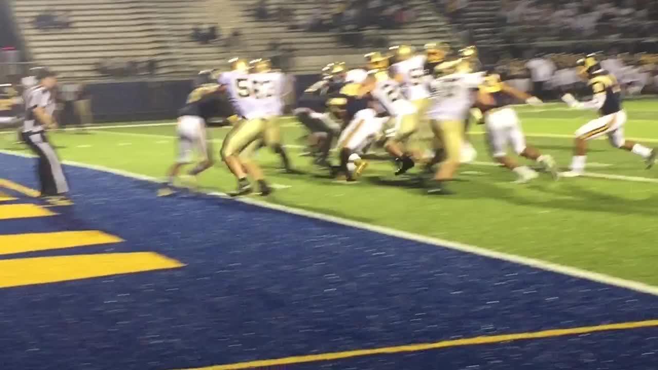 Lucas Gauerke scores on 4-yard touchdown run.