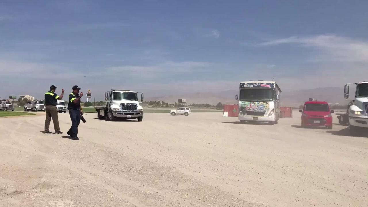 Tow truck drivers and first responders raise awareness for roadside emergency workers