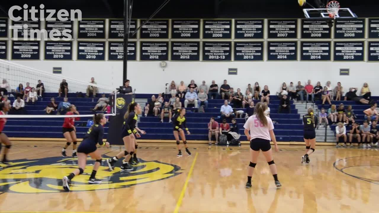 Hendersonville vs ACA volleyball