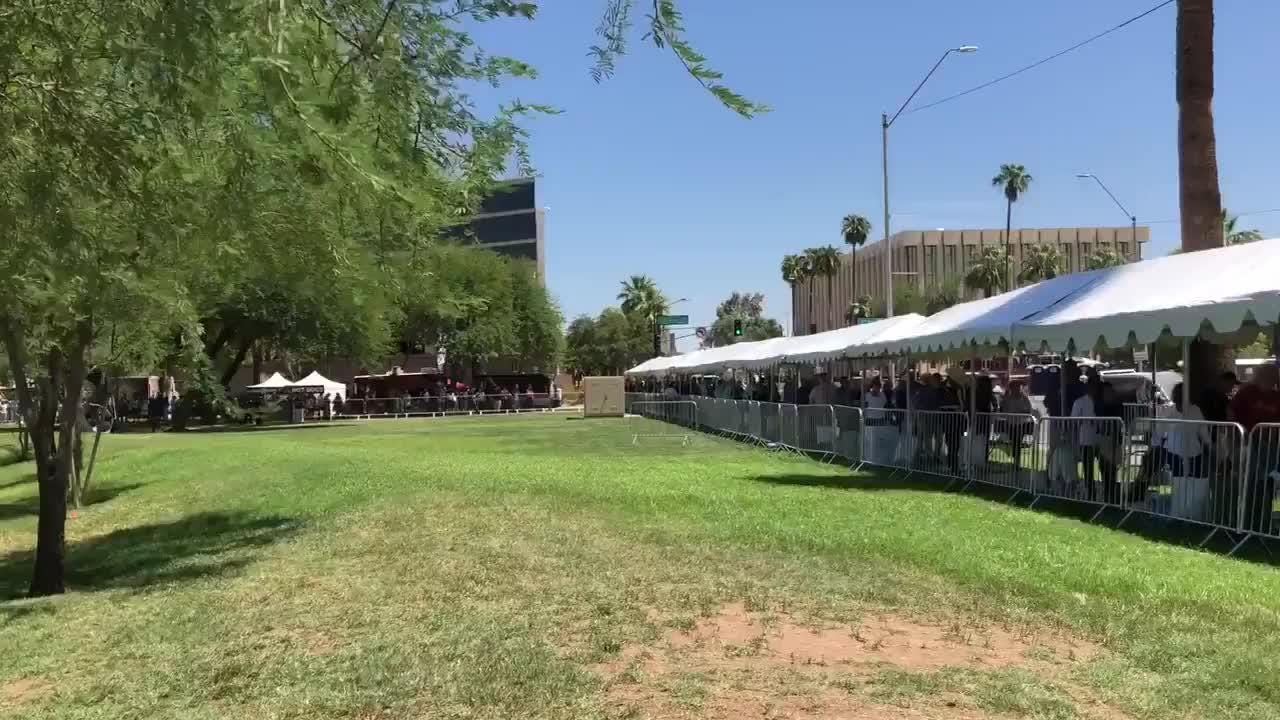 line for mccain viewing outside arizona capitol moving