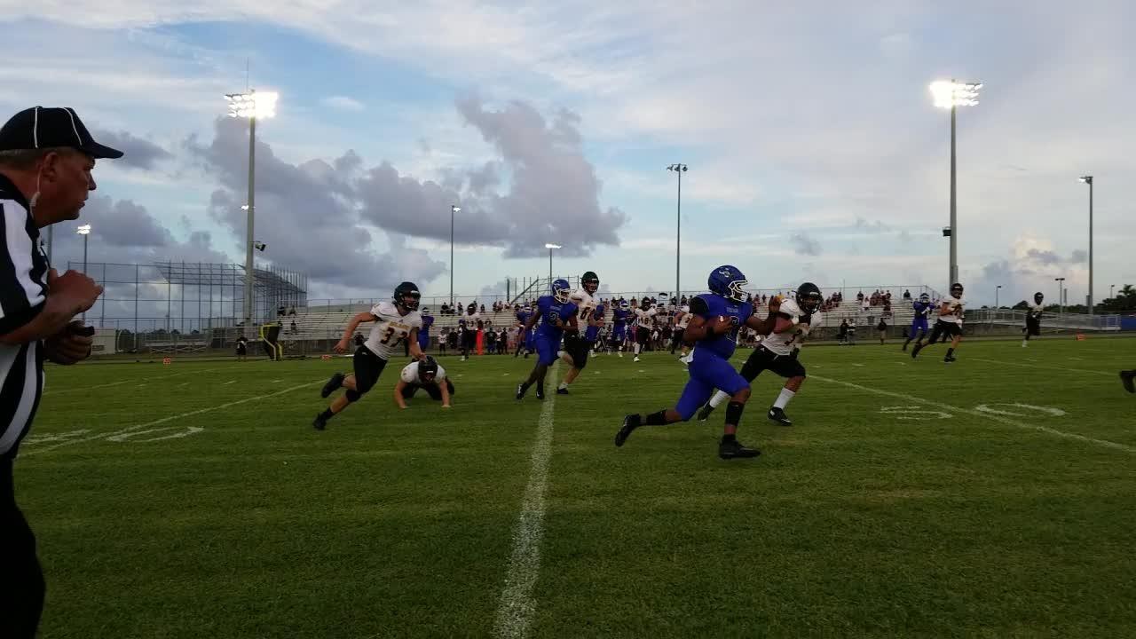 See highlights from Heritage's 34-3 win over Merritt Island in week 2 of high school football.