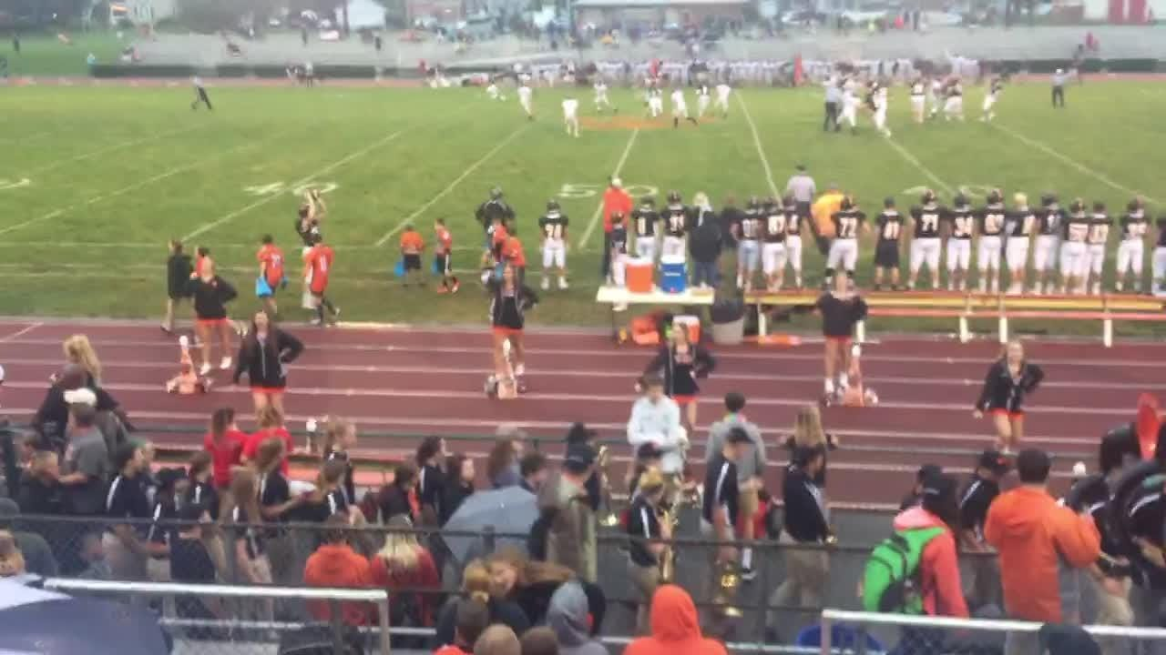 Sean Carter makes a 58-yard catch to set up Palmyra's first TD