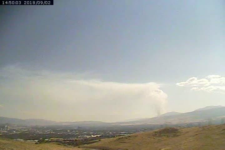 A 1-hour timelapse shows smoke from the Slide Fire on Sunday, Sept. 2, 2018.