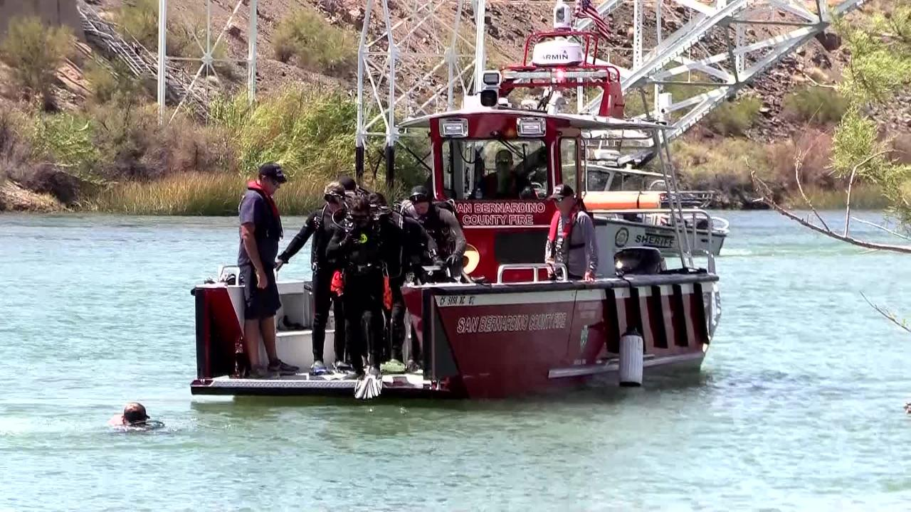 Divers search for 3 missing from Colorado River boat collision