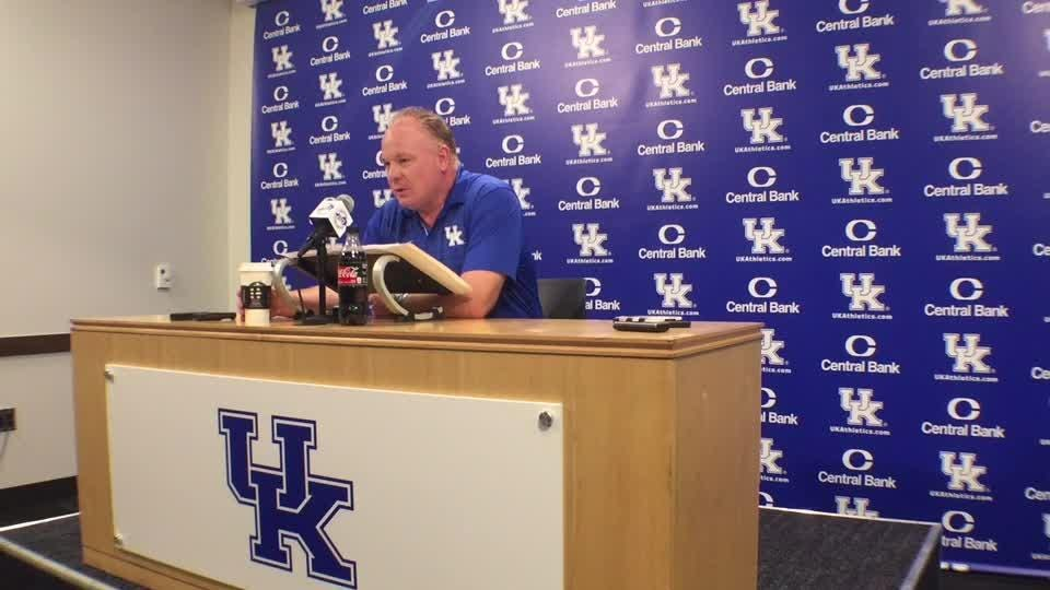 Mark Stoops responded to more than 200 messages after Florida win