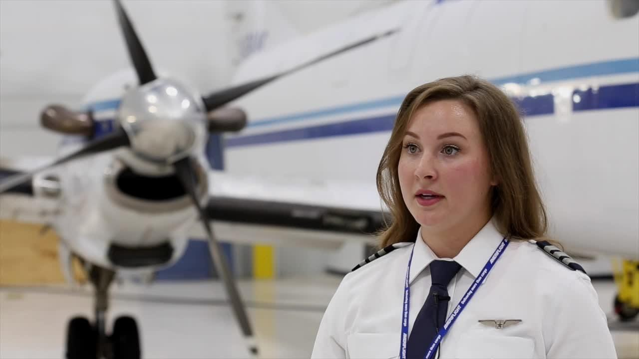 Former UPS intern lands job as pilot at Ameriflight