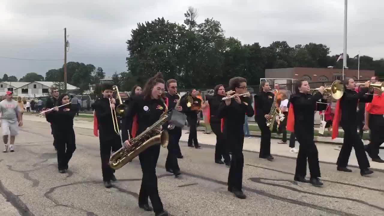Watch Hanover's marching band kick off homecoming parade