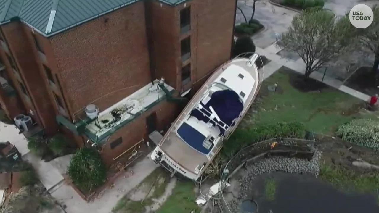 New Burn Nc >> Florence Strands Boats On Land In New Bern N C