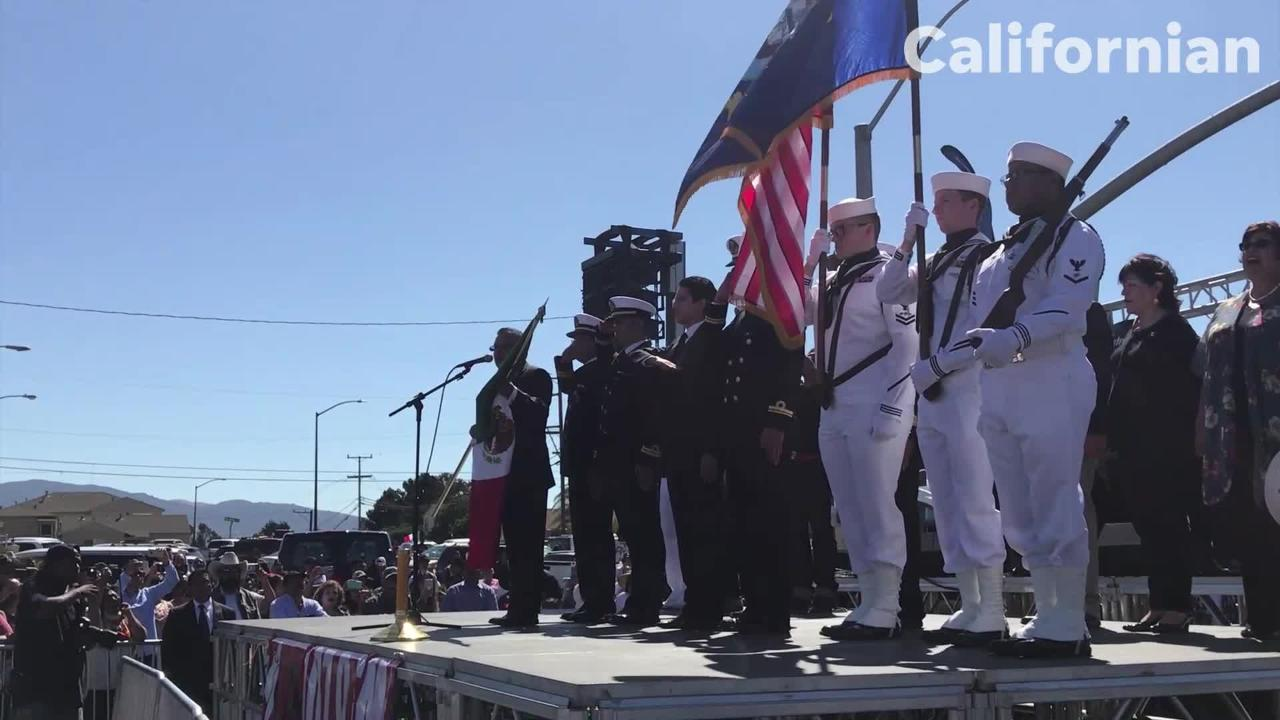 At Sunday's El Grito celebration, Mexico's General Consul came from San Jose to lead the crowd in a ceremony honoring those who fought for independence.