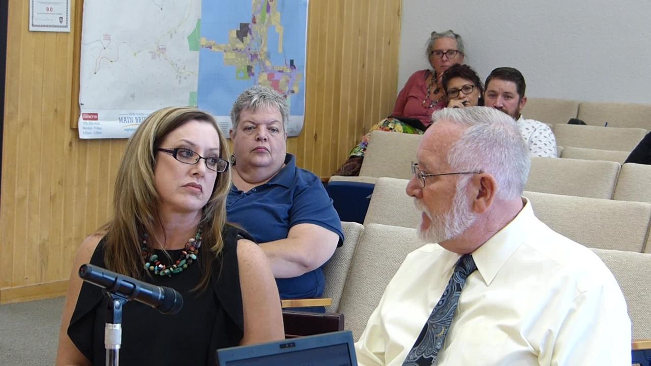 District Judge Dam Bryant and Ruidoso Magistrate Judge Katie Graham Lund describe current conditions and ask councilors to approve a legislative appropriation for better court facilities.