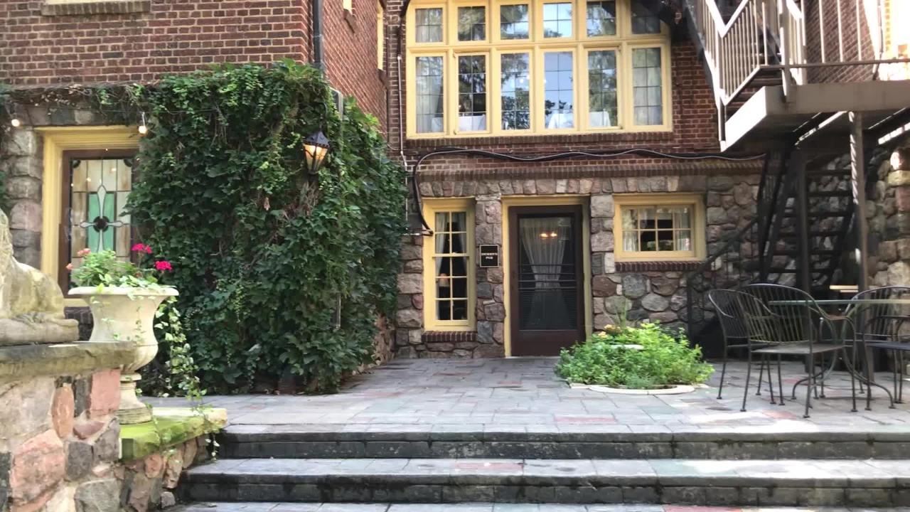 Tour the English Inn, a 10,000-square-foot bed and breakfast, that sits on 16acres in Eaton Rapids with the Grand River at its back door.