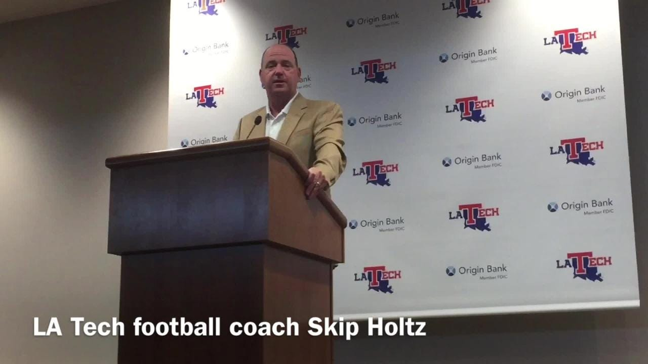 Skip Holtz discusses Louisiana Tech using silent cadence at LSU