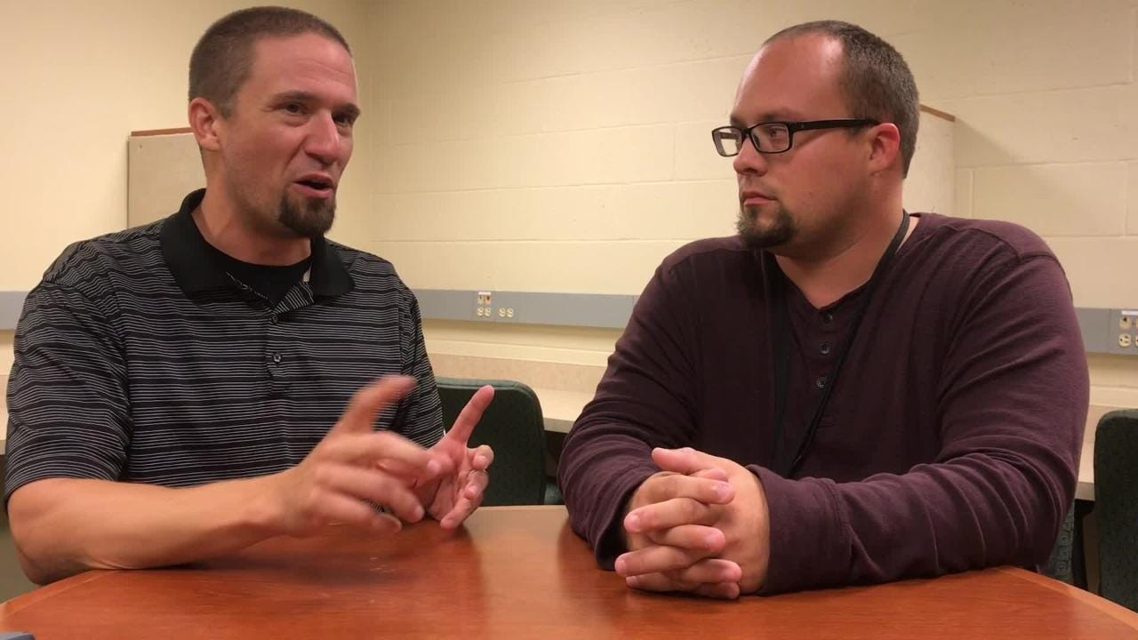 Packers beat writers Jim Owczarski and Ryan Wood analyze how Green Bay's defense will deal with Alex Smith, Adrian Peterson and Washington's offense.