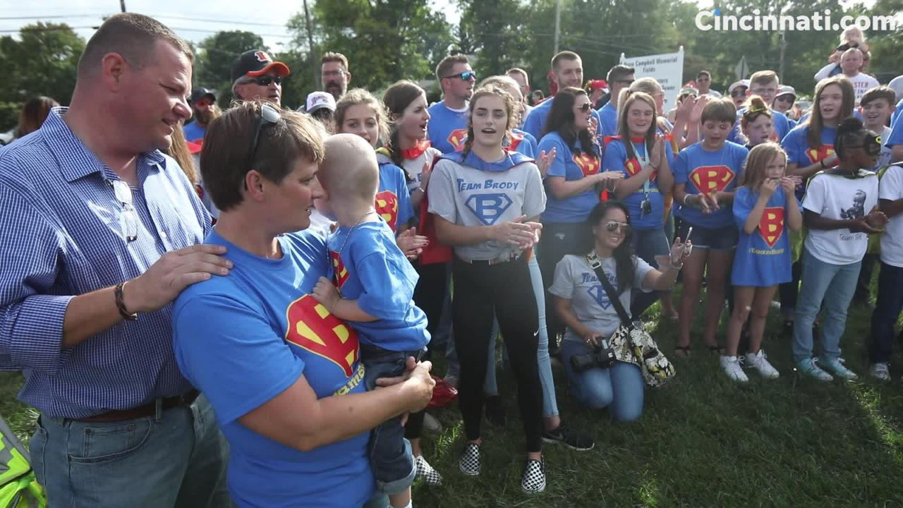 Brody,  2, brings together community for early Christmas Parade in his honor