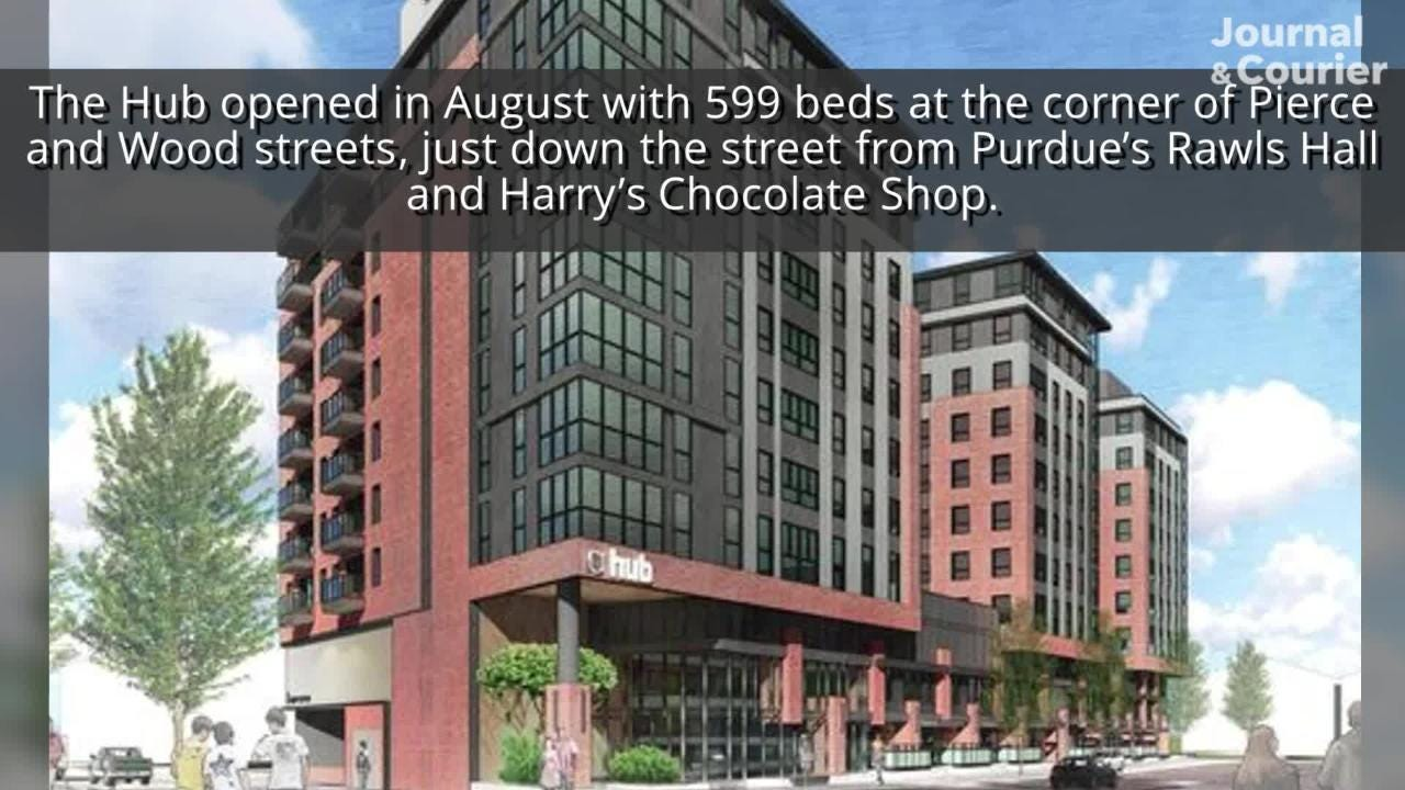 A 19-year-old Purdue University student died early Saturday morning after a fall from a top-story apartment of The Hub.
