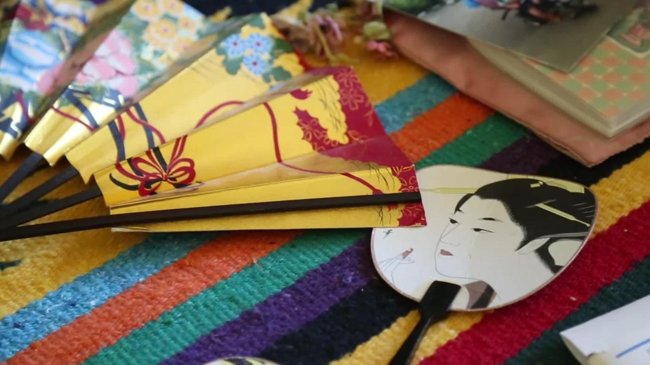 Video: Writing Pen Pals a way of life for one woman
