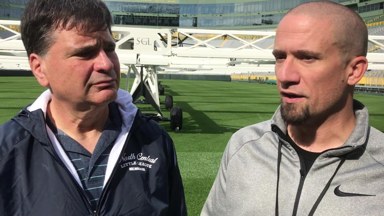 Packers beat writers Tom Silverstein and Jim Owczarski discuss Aaron Rodgers' return to the practice and the health of the offensive line.