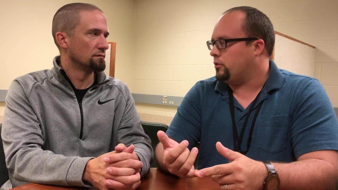Packers beat writers Jim Owczarski and Ryan Wood discuss how coach Mike McCarthy responded to Aaron Rodgers' remarks about the game plan.
