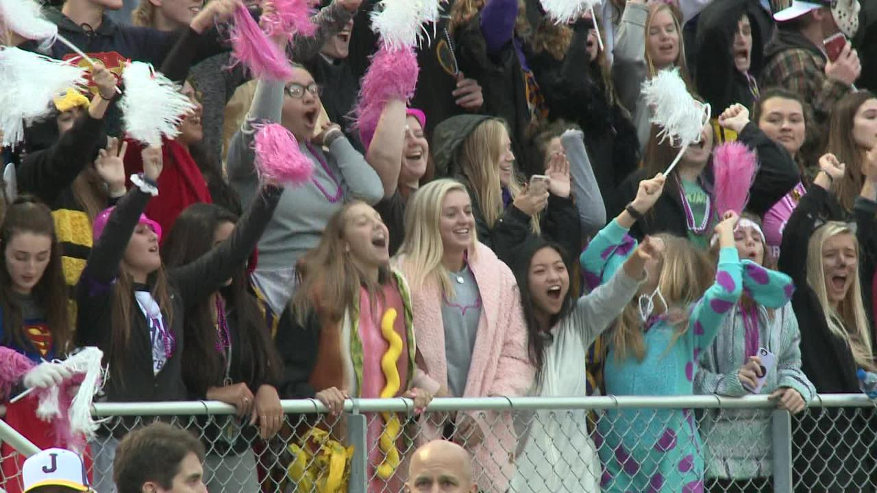 Johnston pummeled Indianola in a district matchup.