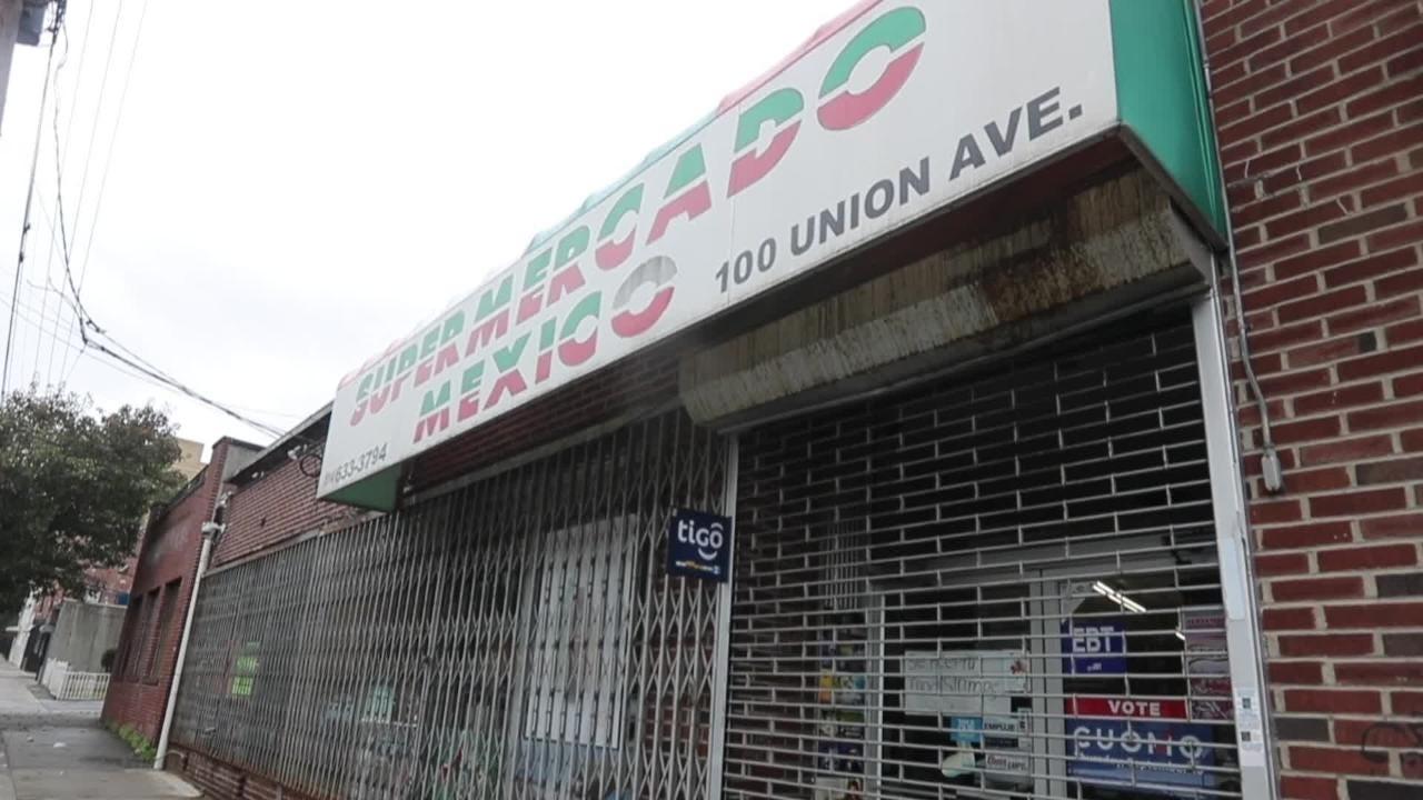 The FBI raided Supermercado Mexico at 100 Union Ave., Oct. 11, 2018.