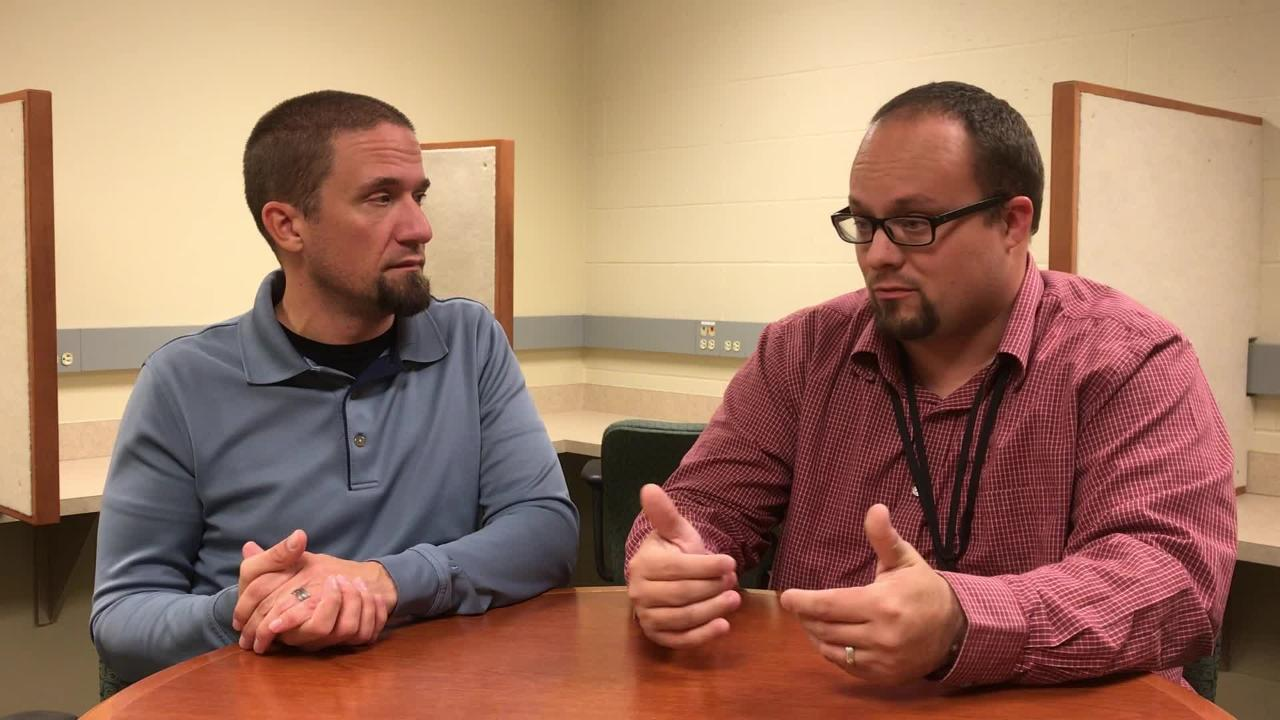 Packers reporters Jim Owczarski and Ryan Wood discuss injuries and the team's recent struggle to maintain in-game discipline.
