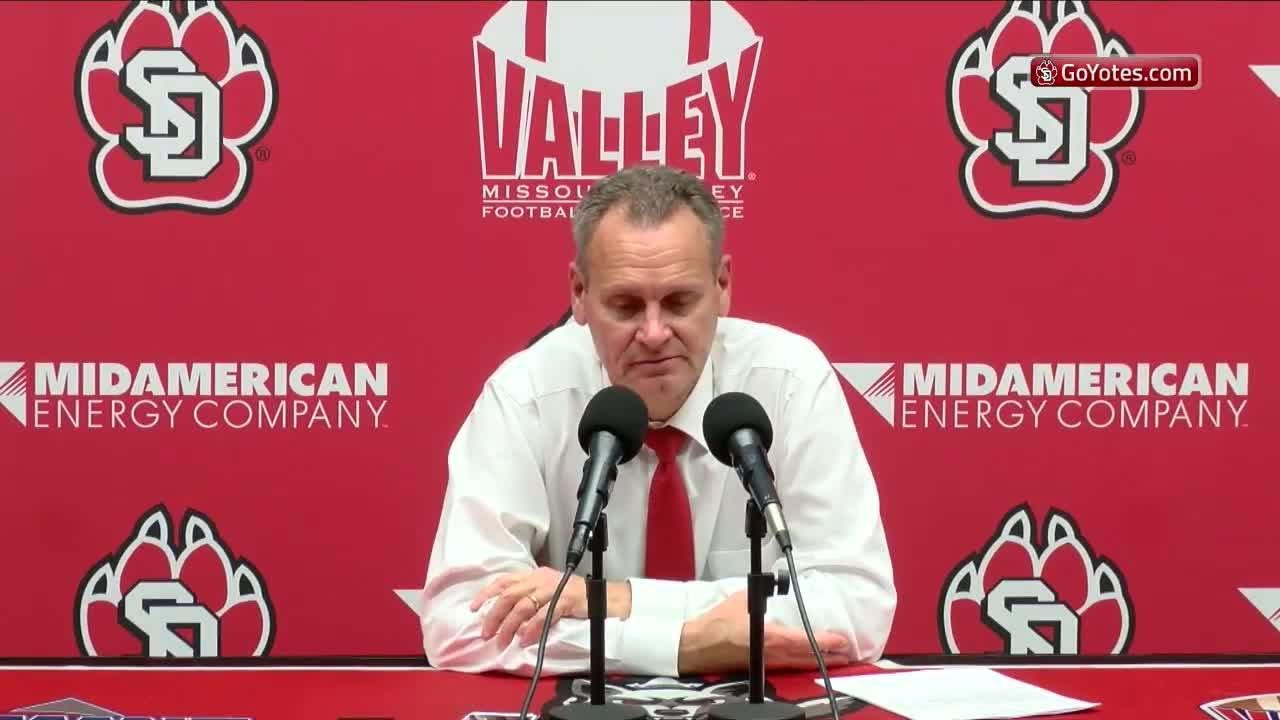 Players and coach Bob Nielson break down the Coyotes' loss to UNI.