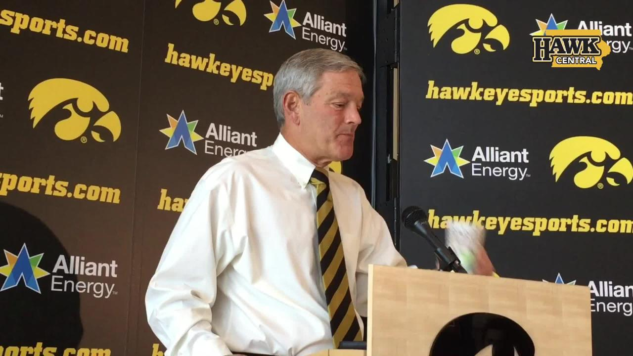 Kirk Ferentz's thoughts on 5 Hawkeyes in 'Monday Night Football' game