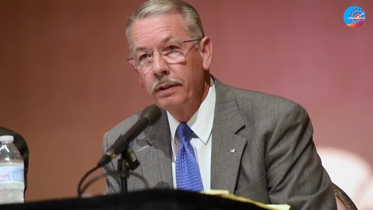 Jim Taliaferro talks about education Wednesday evening at the Centenary forum.