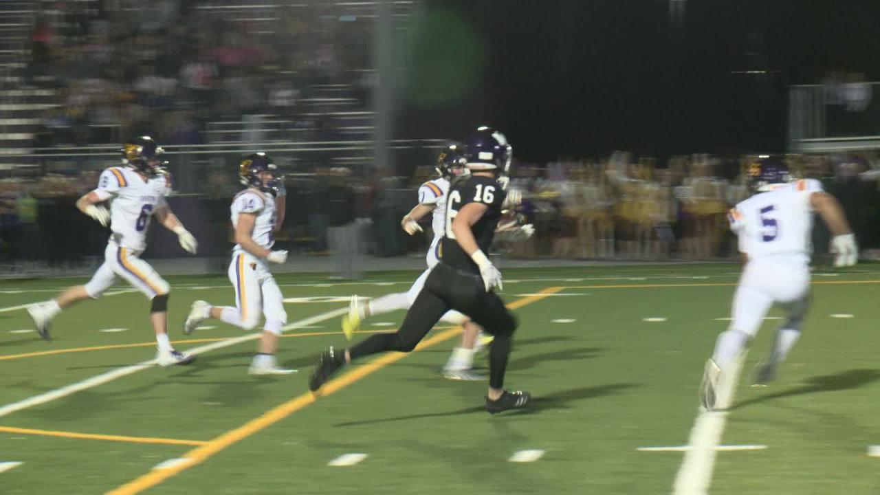 In a game that came down to the final seconds, Waukee was able to get a turnover in the closing seconds to defeat Johnston.