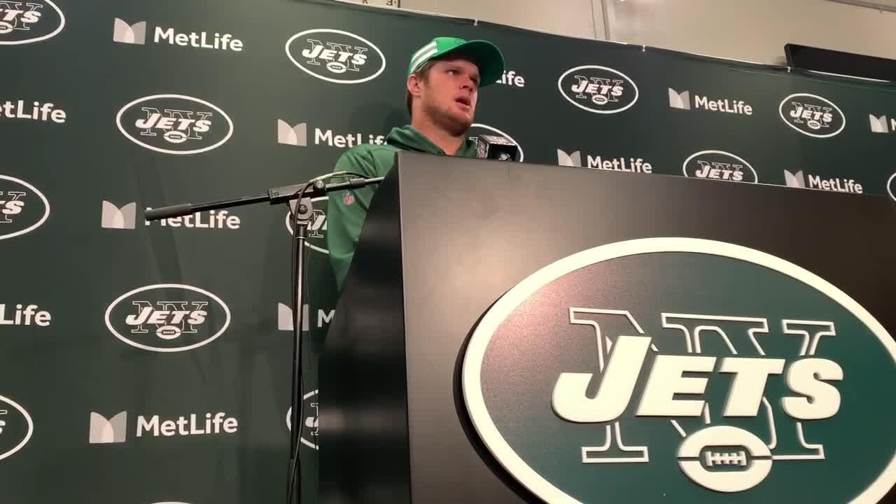 Jets quarterback Sam Darnold talks about the team's 37-17 loss to the Vikings on Sunday at MetLife Stadium.