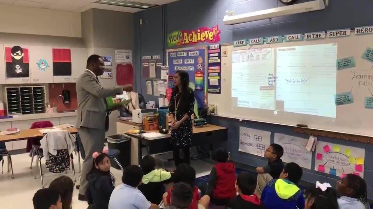Video: Shadowlawn Elementary School teacher receives award