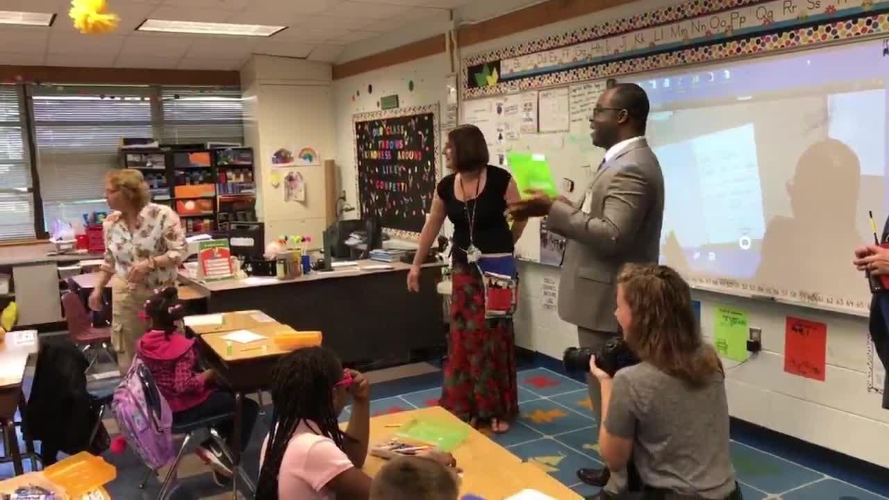 Video: Lely Elementary School teacher receives award