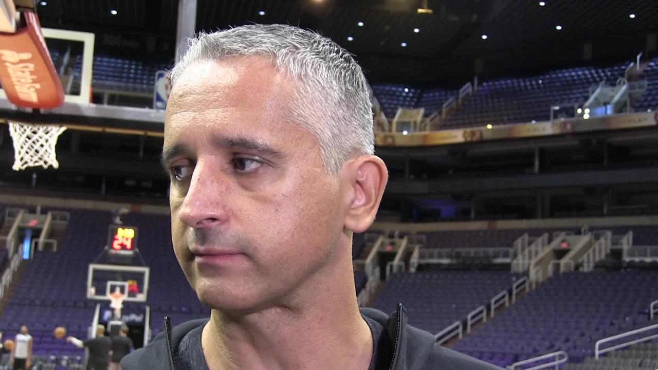 First-year Phoenix Suns coach Igor Kokoskov breaks down status of starting guards Devin Booker and Isaiah Canaan going into Friday's game versus Toronto.