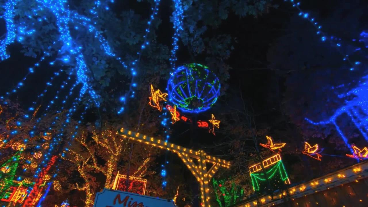Silver Dollar City Christmas.Take A Tour Of An Old Time Christmas At Silver Dollar City