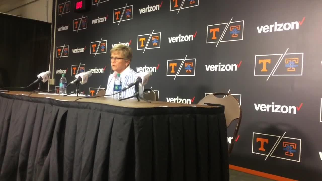 Lady Vols coach Holly Warlick thanks veterans, lauds her players for their effort