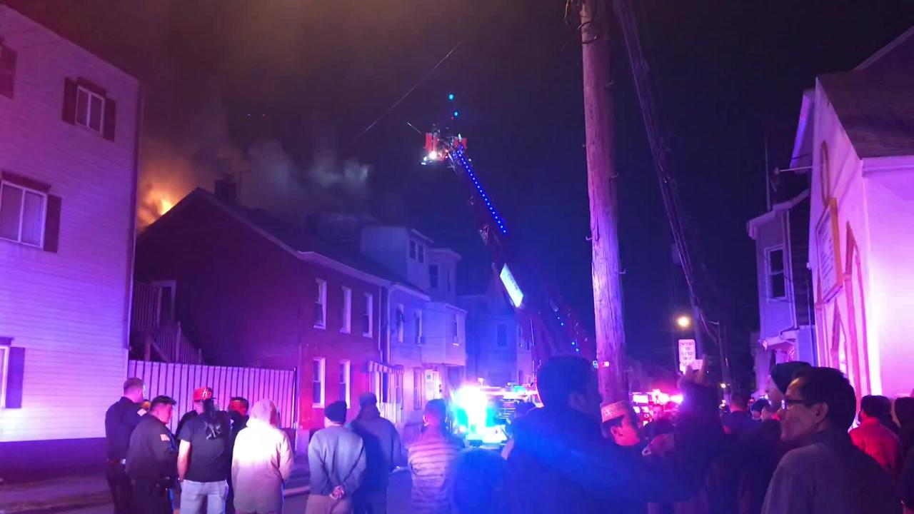 Building burns in Paterson
