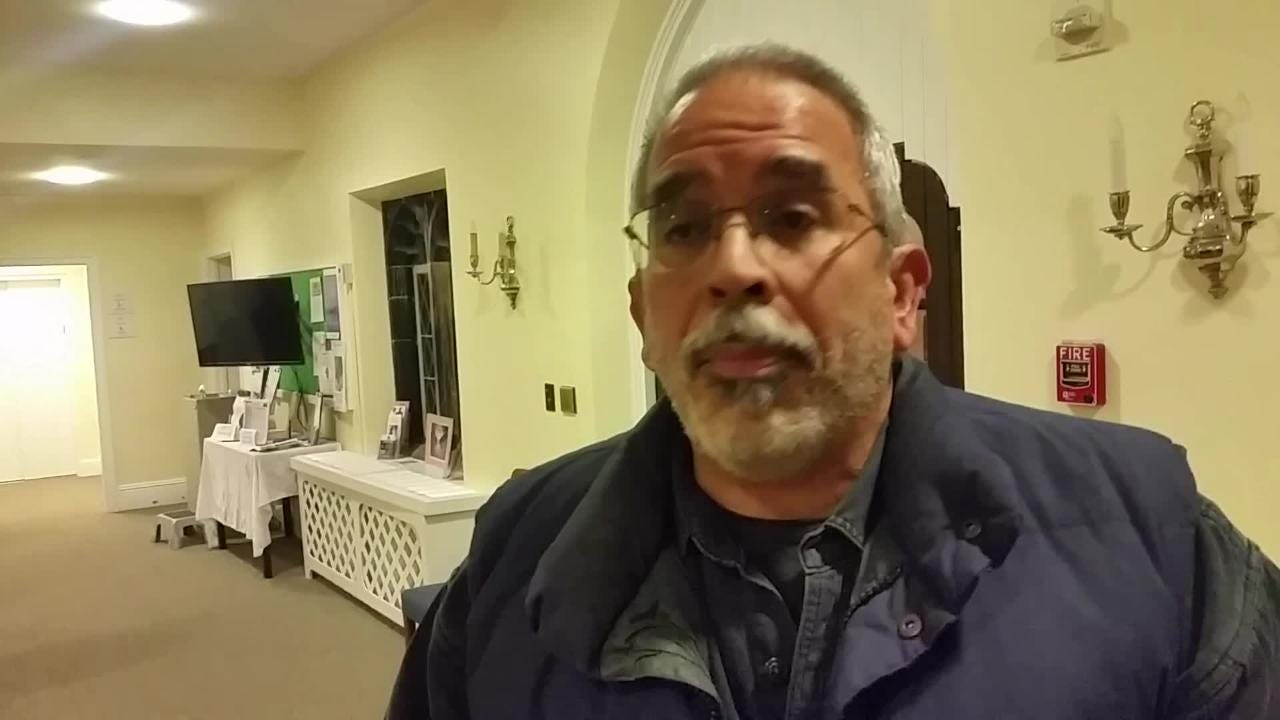 WIlmington resident and construction manager Jerry Velazquez said at a DelDOT meeting that there should be a cap over segments of I-95 in the city.